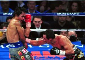 Márquez, castigando a Pacquiao