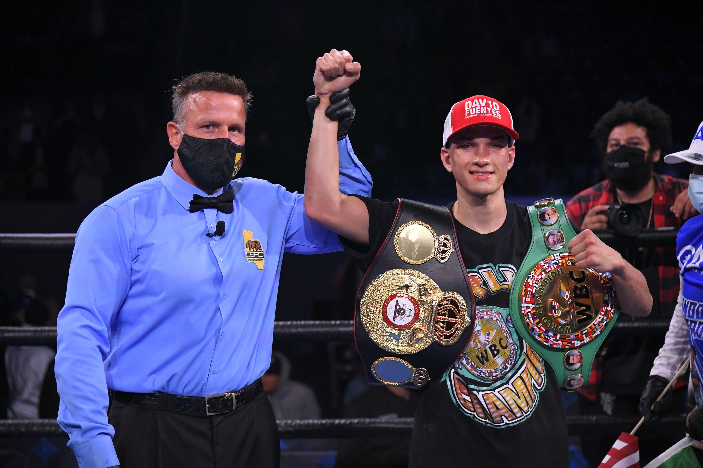 Brandon Figueroa Defeats Luis Nery For Unified Titles | Boxen247.com
