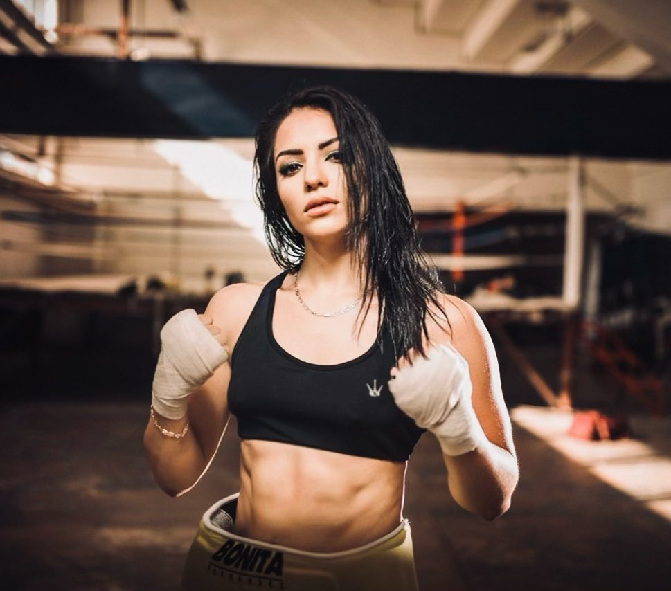 Lourdes Juárez & Diana Fernández pre-weigh-in weights   Boxen247.com (Kristian von Sponneck)